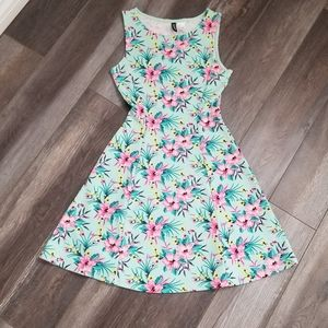 H&M Divided Spring Summer Floral Dress Size Small